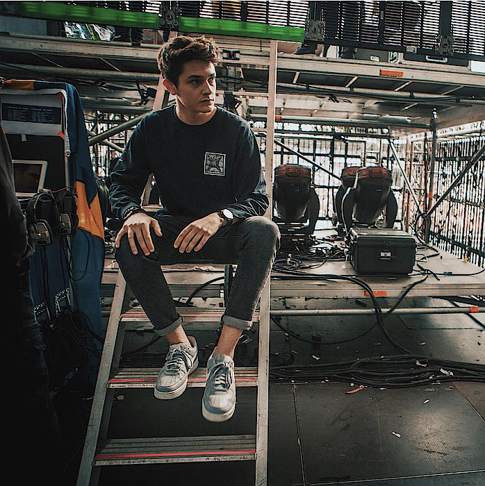 Kungs behind the stage