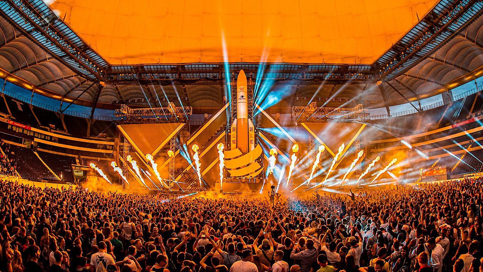 World Club Dome Besucher