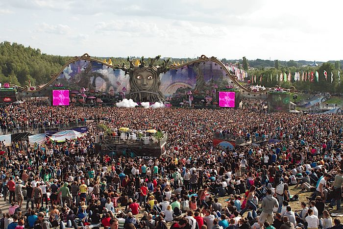 Tomorrowland Mainstage 2011